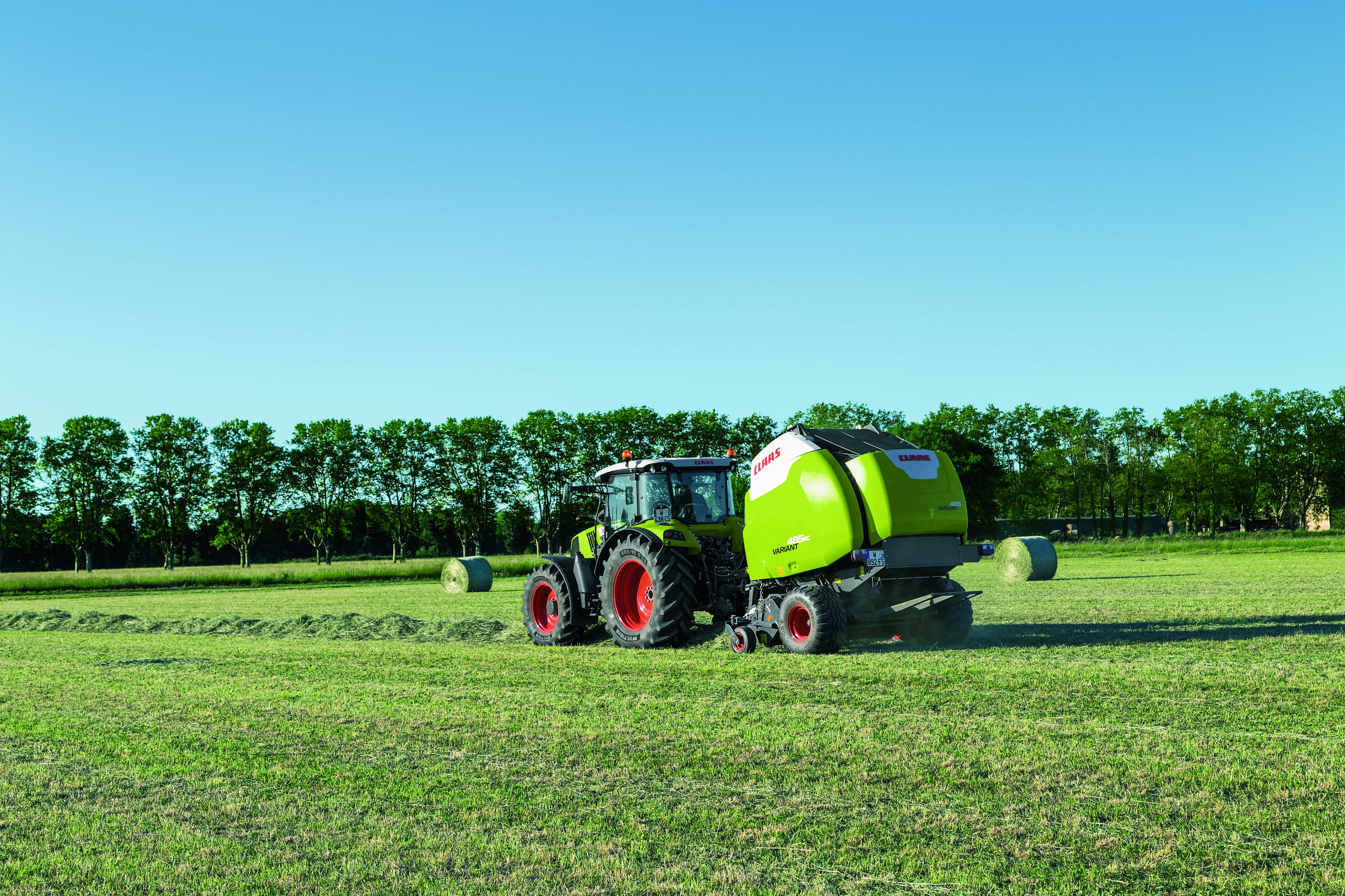 Claas pr sente des machines agricoles au salon for Salon du materiel agricole